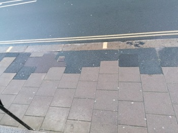 Pavement repair, Lewes High Street